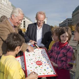 Unterstützer der Aktion - u.a. Prof. Klaus Staeck, Präsident der Akademie der Künste