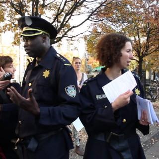 Straßenaktionen um Betroffene zum Thema Racial Profiling zu informieren und stärken